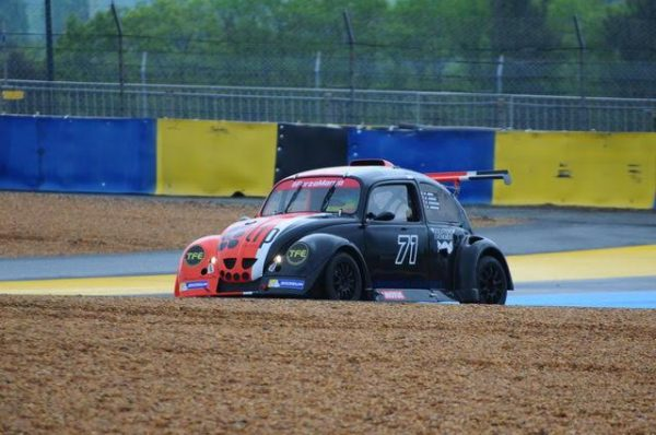 FUNCUP-Le-Mans-2016-La-Zosh-71-dans-la-chicane-Dunlop-Photo-Daniel-Noly..