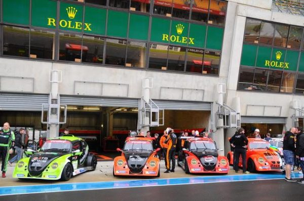 FUNCUP-Le-Mans-2016-Les-quatre-voitures-du-ZOSH-Competition-prêtes-pour-la-bagarre-Photo-Daniel-Noly.j