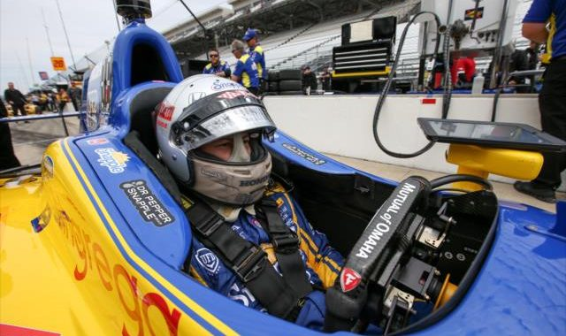 INDYCAR-2016-INDY-500-MARCO-ANDRETTI-dans-son-cockpit