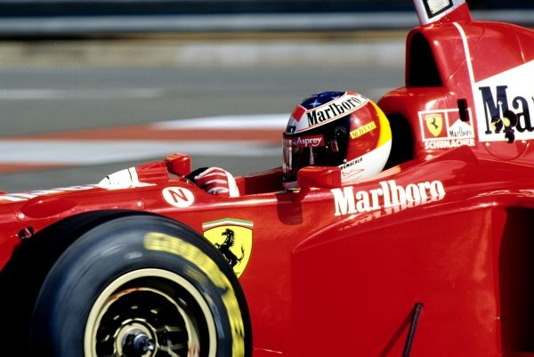 MICHAEL-SCHUMACHER-et-FERRARI-photo-Bernard-BAKALIAN.
