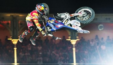 MOTO-2015-RED-BULL-X-FIGHTERS-A-MADRID-PAGES-