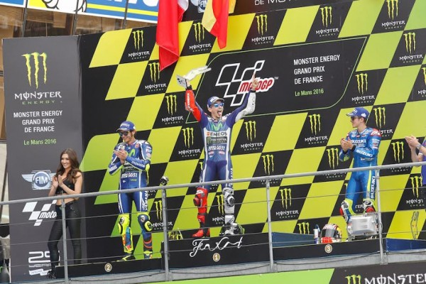 MOTO GP 2016 FRANCE - Le podium avec LORENZO 1er -ROSSI 2 et VINALES 3éme - Photo Thierry COULIBALY -