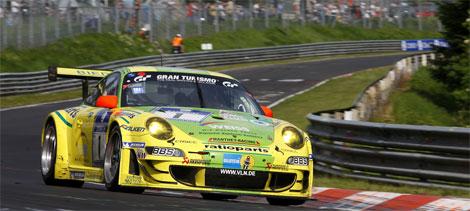 24 HEURES du Nïrburgring 2011 Victoire de la PORSCHE 911 du Team MANTHEY
