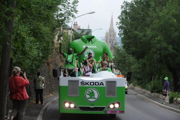 SKODA-Vehicule-publicitaire-de-la-caravane-du-TOUR-DE-FRANCE-Cycliste