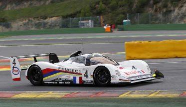 SPA-CLASSIC-016-La-PEUGEOT-905-hélas-accidentée-lors-des-essais-na-pu-participer-aux-courses-Photo-PUBLIRACING-Agency