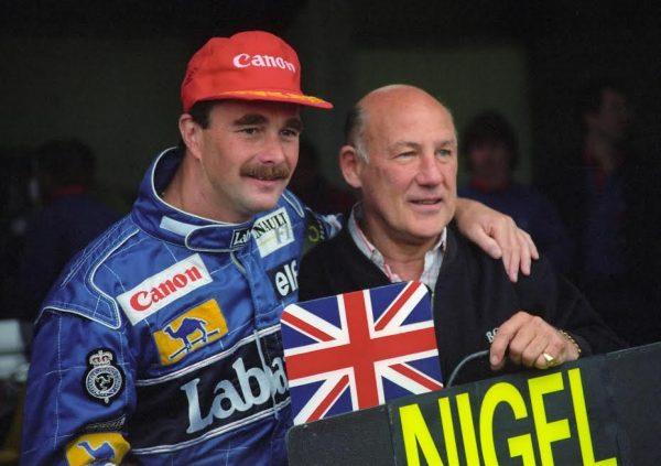 Sterling-MOSS-et-Nigel-MANSELL-en-1992-lorsqu-il-remporta-son-titre-de-Champion-du-Monde-©-Manfred-GIET.j