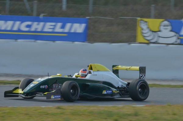 VdeV-2016-MONTMELO-Formule-RENAULT-2.0-de-James-Alexander-PERONI-Photo-Antoine-CAMBLOR