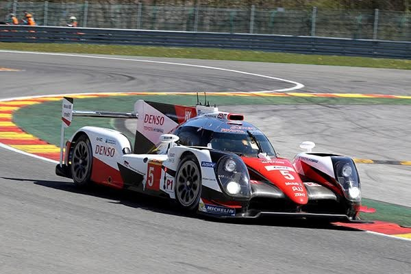 WEC-2016-SPA-TOYOTA-TS050-N°-5-Photo-DELIEN