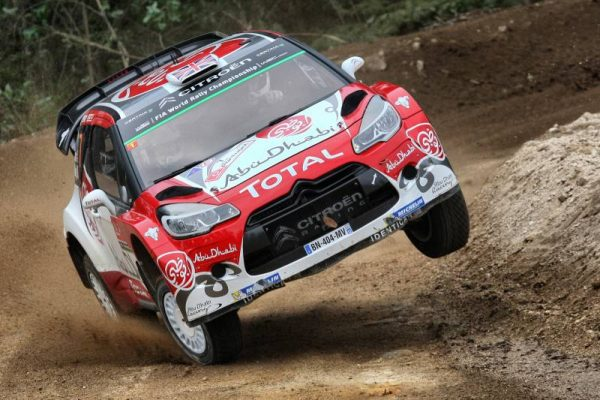WRC-2016-PORTUGAL-Equipe-CITROEN-La-GROSSE-attack-pour-KRIS-MEEKE.