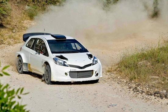 WRC-2017-La-TOYOTA-YARIS-en-essai-de-developpement-avec-Juiho-HANNINEN.
