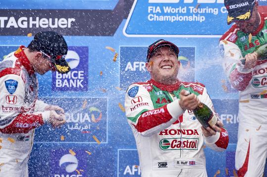 WTCC 2016 MARRAKECH Les trois pilotes HONDA sur le podium de la seconde course ce 8 Mai