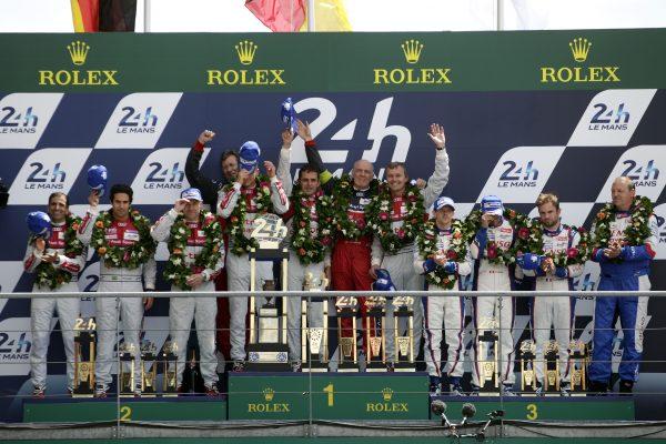 24 HEURES DU MANS 2014 - 1ére place sur le podium pour le trio AUDI de la N° 2 victorieux - TRELUYER FASSLER LOTTERER.