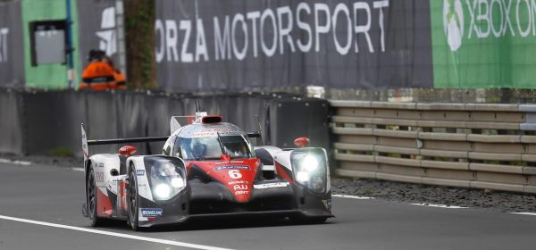 24-HEURES-du-MANS-2016-La-TOYOTA-TS050-N°6-Photo-Thierry-COULIBALY-
