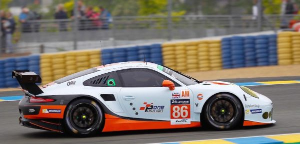 24-HEURES-du-MANS-2016-PORSCHE-911-RSR-du-GULF-Racing-de-BARKER-CARROLL-WAINWRIGHT-Photo-Thierry-COULIBALY.jpg