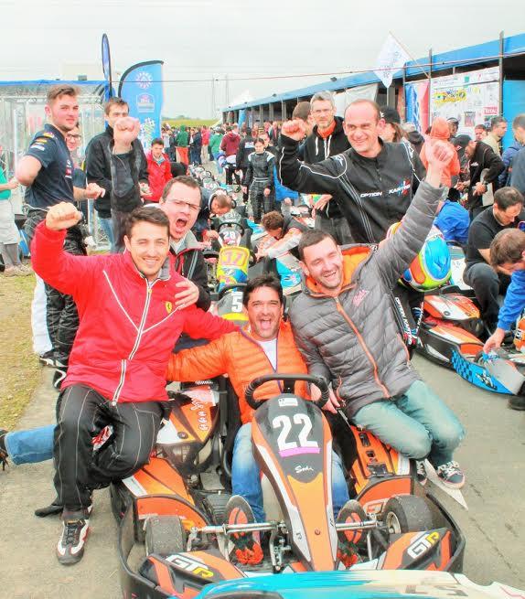 24-Heures-JPJAUSSAUD-Les-vainqueurs-en-categorie-GT-Photo-Emmanuel-LEROUX.