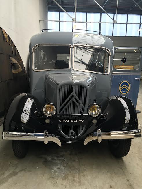 Conservatoire CITROEN -Autocar U23 Carrosserie BESSET de 1947 Photo Autonewsinfo