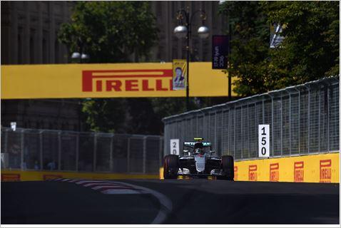 F1-2016-BAKOU-MERCEDE-W07-de-NICO-ROSBERG