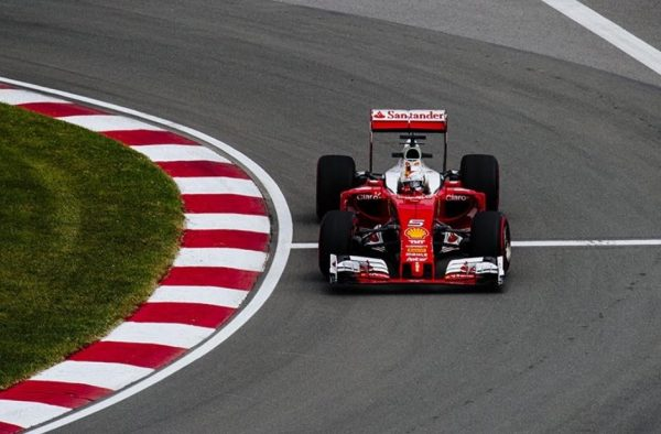 F1-2016-CANADA-La-FERRARI-de-SEBASTIAN-VETTE