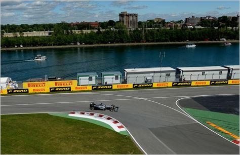 F1-2016-CANADA-MERCEDES-W07-de-LEWIS-HAMILTON