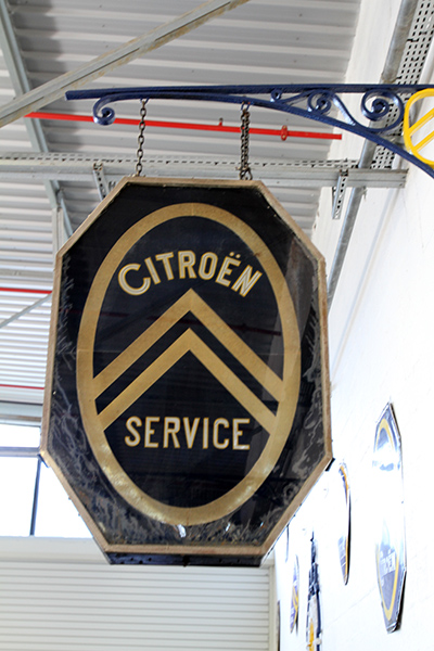 MUSEE CITROEN - plaque CITROEN Service - Photo Gilles VITRY