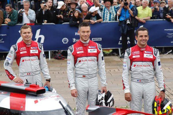 Pesage-24-Heures-du-Mans-2016-Lundi-13-Juin-Présentation-pour-les-pilotes-de-l-AUDI-N°7-Photo-Thierry-COULIBALY-