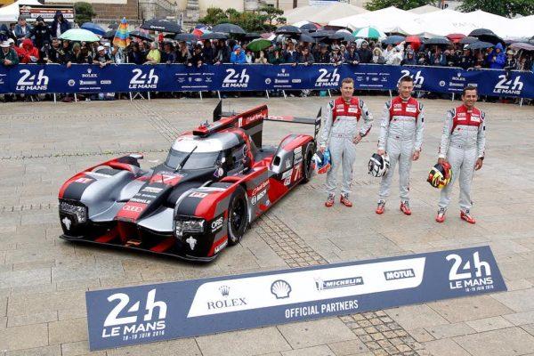 Pesage 24 Heures du Mans 2016 Lundi 13 Juin Présentation pour les pilotes de l'AUDI N°7 - Photo Thierry COULIBALY.