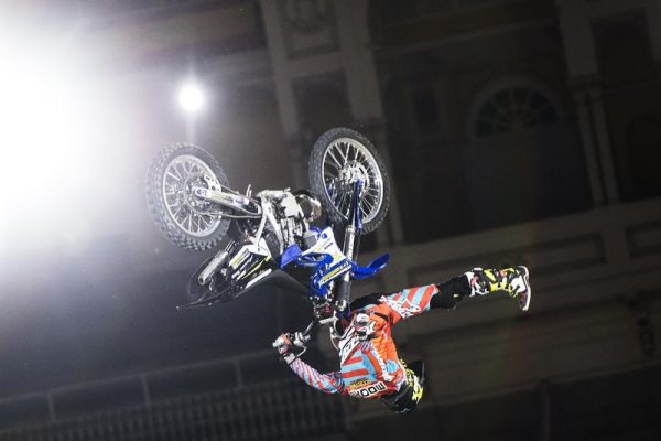 RED BULL X FIGHTER 2016 MADRID - Le Shaolin Flip du champion en titre Clinton Moore -Photo Joerg Mitter - Red Bull Content Pool.