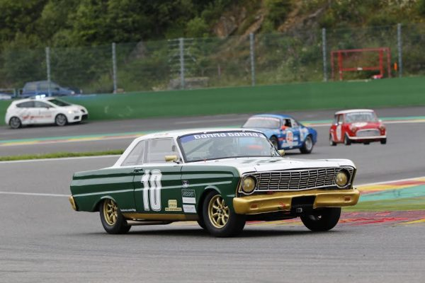 SPA-SUMMER-CLASSIC-2016-GROSS-Ford-Falcon-Sprint-vainqueur-en-NK-HTGT-©-Manfred-GIET.jpg