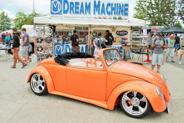 Super-VW-Fest-2015-Litteralement-un-bolide-de-rêve...Photo-Emmanuel-LEROUX.