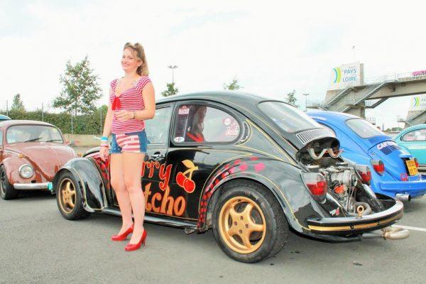Super VW Fest- Alysson ,l'ambassadrice du Festival-Photo Emmanuel LEROUX..