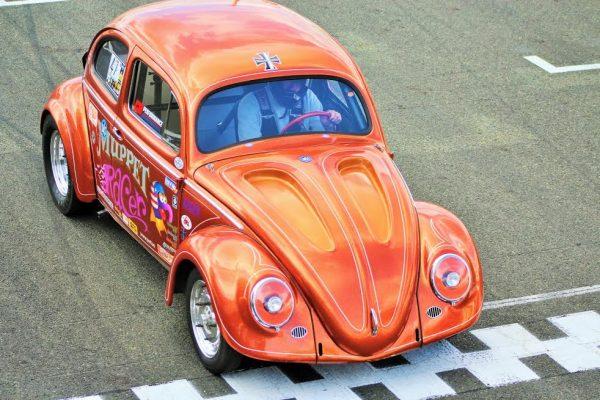 Super VW Fest - Magnifique Cox au départ du run d'accélération - Photo Emmanuel LEROUX.