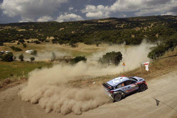 WRC 2016 SARDAIGNE- La HYUNDAI i20WRC de SORDO