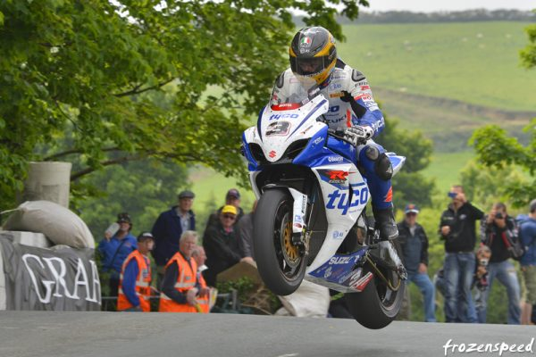 GUY MARTIN A BALLAUGH BRIDGE
