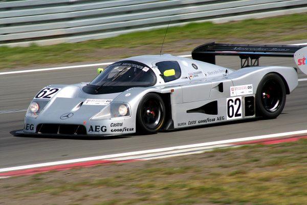 24 HEURES DI MANS 1988B La Sauber-Mercedes C9 de Jean Louis SCHLESSER et Jochen MASS.