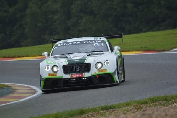 24-HEURES-de-SPA-2016-BENTLEY-CONTINENTAL-GT3-Team-M-Sport-de-SOULET-SOUCEK-REIP-Photo-Nicolas-PALUDETTO