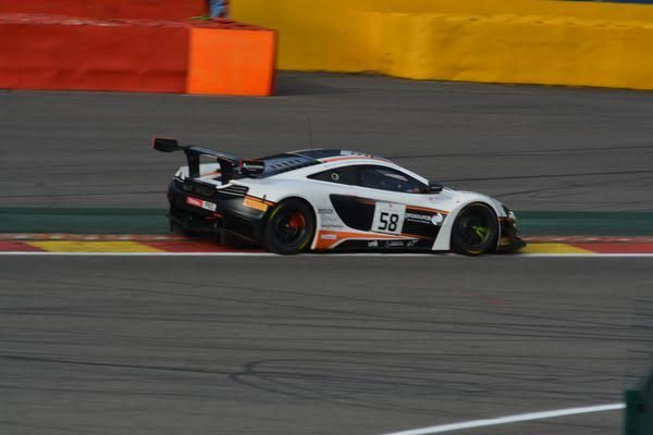 24-HEURES-de-SPA-2016-La-McLAREN-GARAGE-59-N°58-Photo-Nicolas-PALUDETTO-