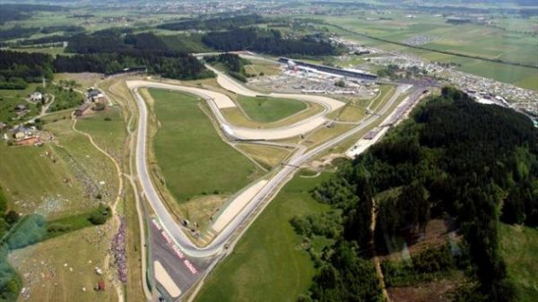 CIRCUIT DU RED BULL RING Vue aerienne.