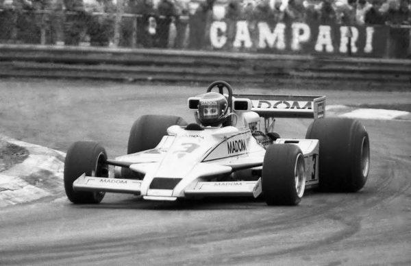 Emilio-de-VILLOTA-Formule-AURORA-F-1-Lotus-Cosworth-78-©-Manfred-GIET.j