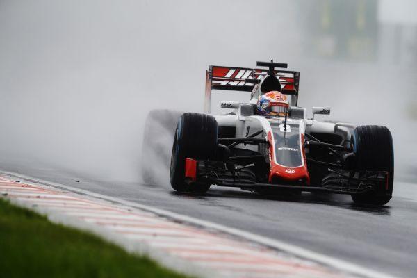 F1-2016-BUDAPEST-La-HAAS-de-ROMAIN-GROSJEAN.