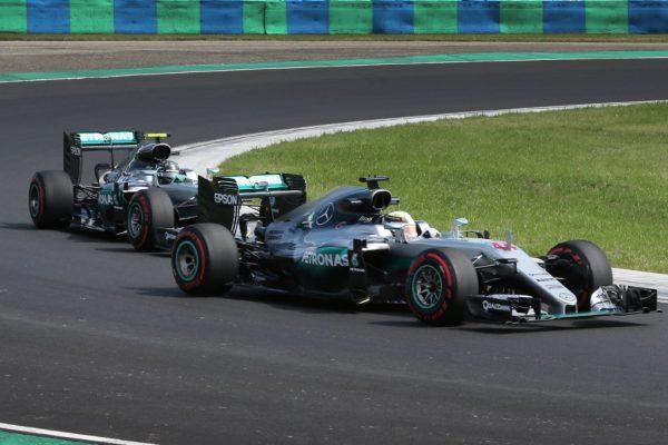 F1-2016-BUDAPEST-Victoire-pour-la-MERCEDES-de-LEWIS-HAMILTON-devant-NICO-ROSBERG