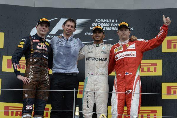 F1 2016 RED BULL RING Le podium avec HAMILTON 1er devant VERSTAPPEN etb RAIKKONEN le 3 juillet.j