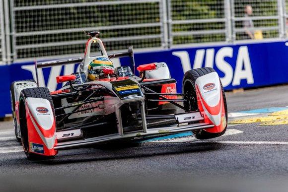 FORMULA-E-2015-2016-GP-de-LONDRES-Bruno-SENNA.