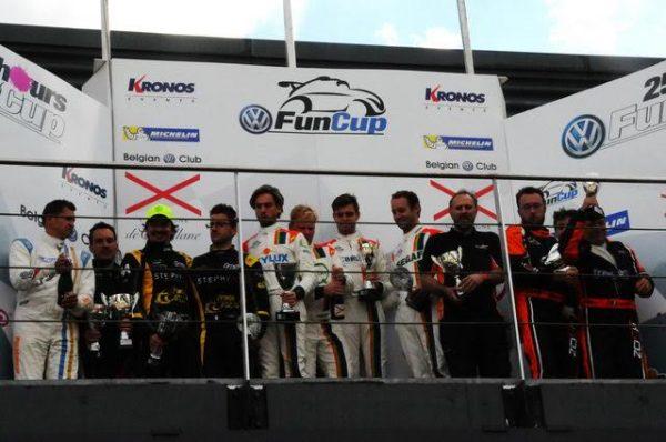 FUN-CUP-25-h-de-Spa-2016-Le-podium-français-avec-la-Zosh-275-des-Robin-classée-3éme-Photo-Daniel-Nauly.