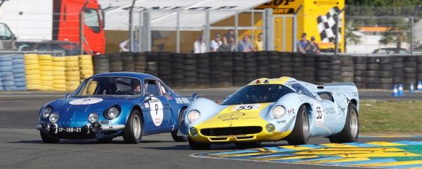 LE-MANS-CLASSIC-2016-ALPINE-A110-et-LOLA-T70-Photo-Thierry-COULIBALY.