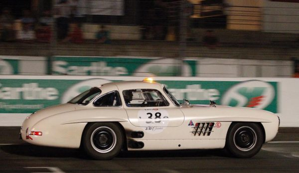 LE-MANS-CLASSIC-2016-MERCEDES-300-SL-Photo-Thierry-COULIBALY