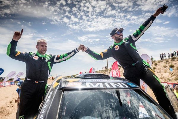 SILK-WAY-RALLY-2016-LA-MINI-de-YAZEED-AL-RAJHI-ET-TIMO-GOTTSCHALK