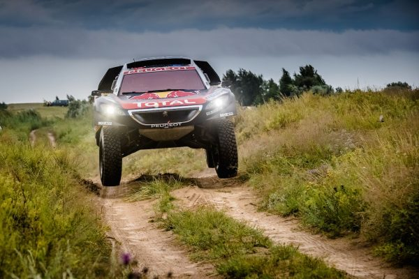 SILK WAY RALLY 2016 - Le 2008 DKR de Cyril DESPRES et David CASTERA sur la piste vers ASTANA.