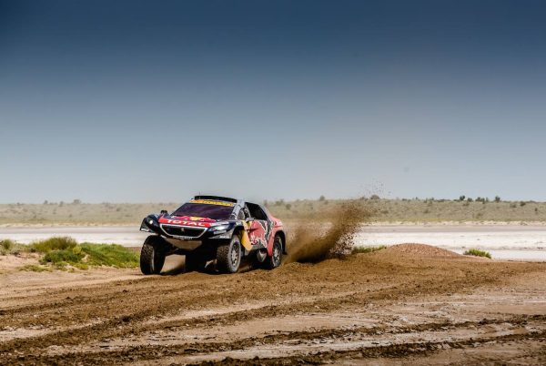 SILK WAY RALLY 2016 Le PEUGEOT 2008 DKR de PETERHANSEL COTTRET