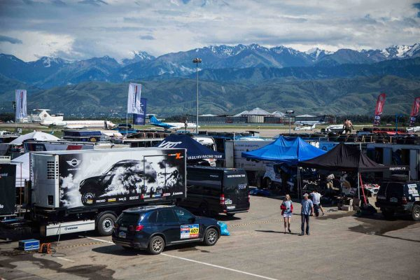 SILK WAY RALLY 2016 - Le bivouac a ALMATY