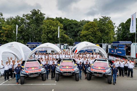 SILK-WAY-RALLY-2016-SOLIDE-ET-SOLIDAIRE-AUSSI-LEQUIPE-PEUGEOT